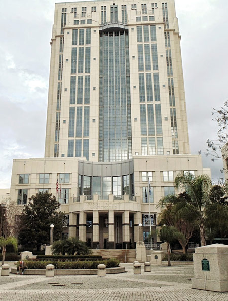 Photo of the City Courthouse in Orlando, FL
